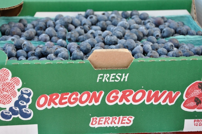 Fresh Oregon Blueberries