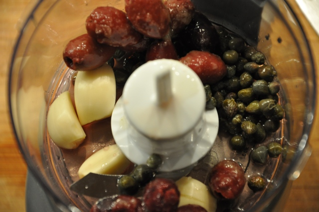 Capers, Garlic, Olive Oil & Kalamata Olives