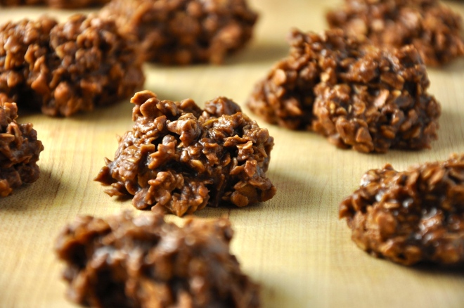 No-8ake Chocolate Oatmeal Cookies