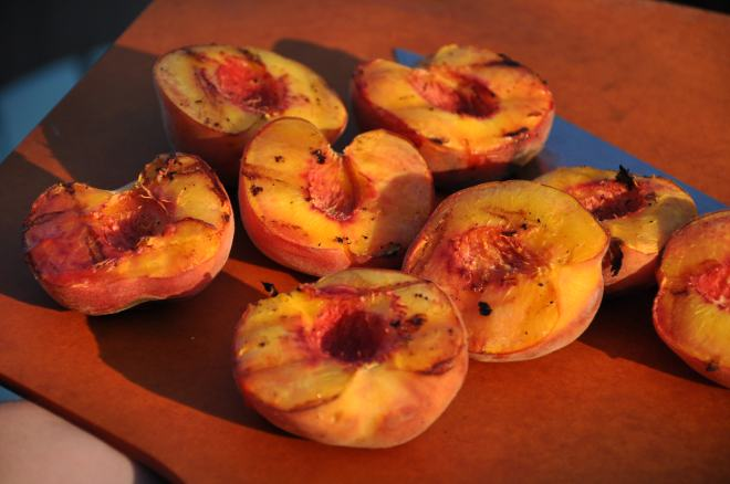 Fresh Grilled Peaches
