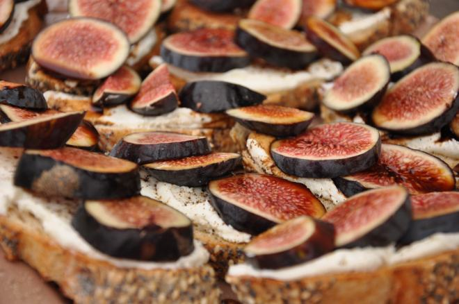 Goat Cheese & Fig with Balsamic
